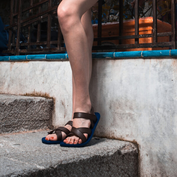 MC06 Cross Sandal 1-1
